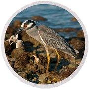 Heron With Crab Round Beach Towel