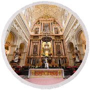High Altar Of Cordoba Cathedral Round Beach Towel