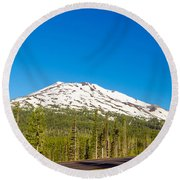 Highway Passing By Mountain Round Beach Towel