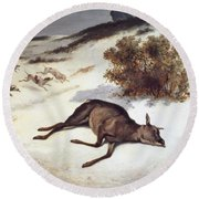 Hind Forced Down In The Snow Round Beach Towel