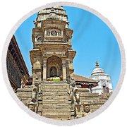 Hindu Temples In Bhaktapur Durbar Square In Bhaktapur-nepal Round Beach Towel