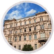 Historic Apartment House In Budapest Round Beach Towel
