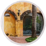 Historic Colonial Courtyard In Colombia Round Beach Towel