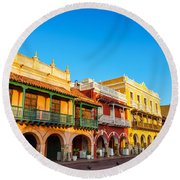 Historic Colonial Facades Round Beach Towel