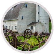 Historic Uniontown Washington Dairy Barn Round Beach Towel