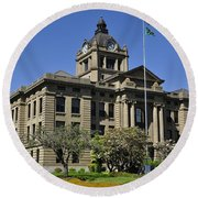 Historical Montesano Courthouse Round Beach Towel
