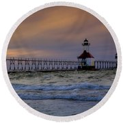 History In Action Round Beach Towel