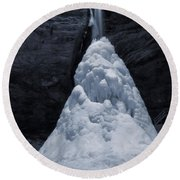 Hocking Hills State Park In Winter Round Beach Towel by Dan Sproul