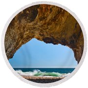 Hole In The Wall - Natural Tunnel In Santa Cruz Round Beach Towel