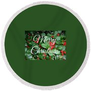Holly Berries Merry Christmas Round Beach Towel