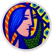 Homage To Pablo Picasso Round Beach Towel
