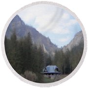 Home In The Mountains Round Beach Towel