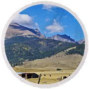 Home On The Range - A Westcliffe Ranch Round Beach Towel