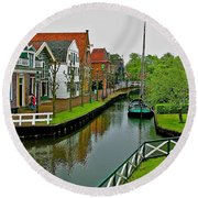 Homes Near The Dike In Enkhuizen-netherlands Round Beach Towel