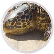 Honu - Hawaiian Sea Turtle Hookipa Beach Maui Hawaii Round Beach Towel