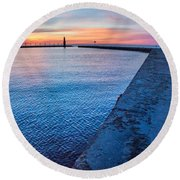 Hope On The Horizon Round Beach Towel