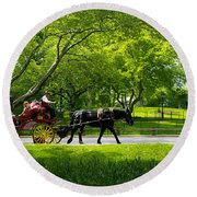 Horse And Carriage Central Park Round Beach Towel