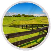 Horse Farm Fences Round Beach Towel