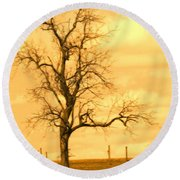 Horse On The Hill Round Beach Towel