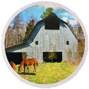 Horses Call This Old Barn Home Round Beach Towel
