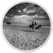 Horses On The Beach Bw Round Beach Towel