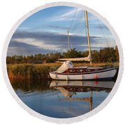 Horsey Mere In Evening Light Round Beach Towel