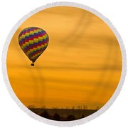 Hot Air Balloon In The Golden Sky Round Beach Towel