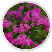 Hot Pink Flower Zoom Round Beach Towel