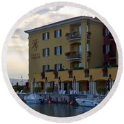 Hotel Sirmione. Lago Di Garda Round Beach Towel