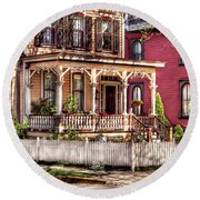 House - Country Victorian Round Beach Towel