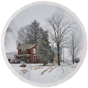 House In Winter Round Beach Towel