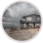 House On The Beach  Round Beach Towel