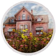 House - Victorian - Summer Cottage  Round Beach Towel