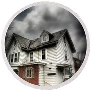 House With Brick Front - American Gothic Round Beach Towel