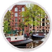 Houseboats And Houses On Brouwersgracht Canal In Amsterdam Round Beach Towel