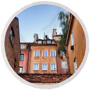 Houses In The Old Town Of Warsaw Round Beach Towel