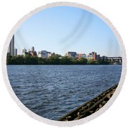 Hudson River And Albany Skyline Round Beach Towel