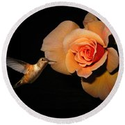 Hummingbird And Orange Rose Round Beach Towel
