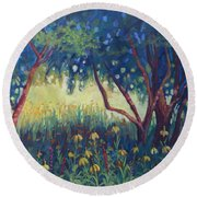 Hummingbird Gardens Round Beach Towel