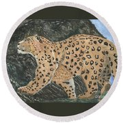 Hunting In The Hills Round Beach Towel