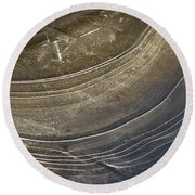 Ice Curve In Neutral Round Beach Towel