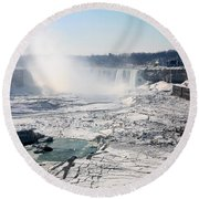 Ice Flows At Niagara Round Beach Towel