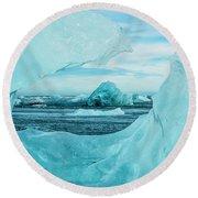 Icebergs On The Southern Beach Round Beach Towel