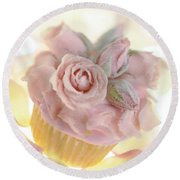Iced Cup Cake With Sugared Pink Roses Round Beach Towel