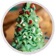 Icing Christmas Tree Round Beach Towel