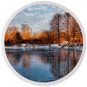 Icy Reflections At Sunrise - Lake Ontario Impressions Round Beach Towel