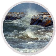 Icy Temperatures In Northeast Round Beach Towel