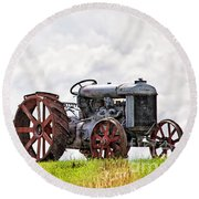 Idle Fordson Tractor On The Hill Round Beach Towel