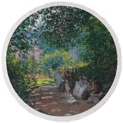In The Park Monceau Round Beach Towel