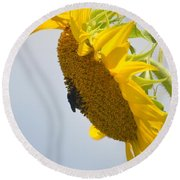In The Wind - Sunflower Round Beach Towel